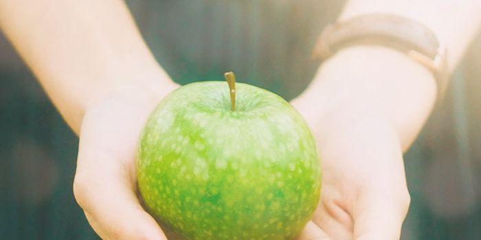 果物は恋のラッキーアイテム!あなたの恋に効く果物は?