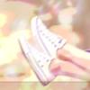 靴を買う夢、選ぶ靴でわかるあなたの次の恋愛